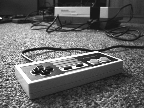 Black/White Image of NES Controller w Console